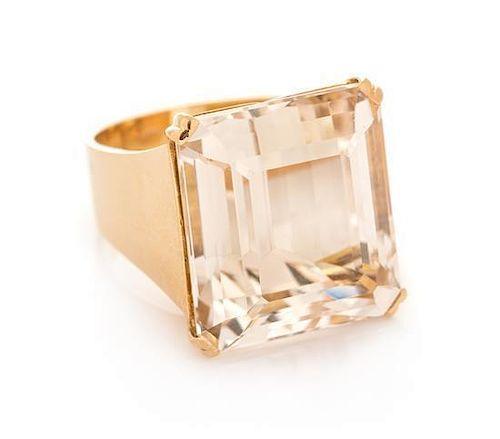 A 14 Karat Yellow Gold and Beryl Ring, 12.70 dwts.