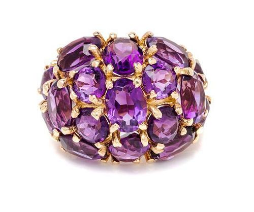 A 14 Karat Yellow Gold and Amethyst Ring, 7.90 dwts.