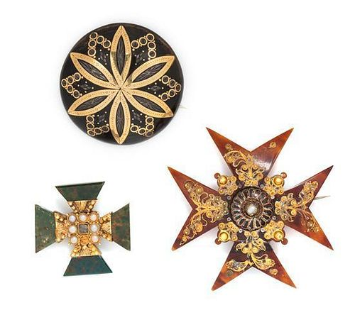 * A Collection of Victorian Yellow Gold, Tortoiseshell and Bloodstone Brooches, 13.20 dwts.
