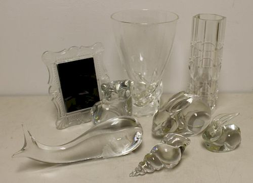 Mixed Lot of Assorted Signed Glass.