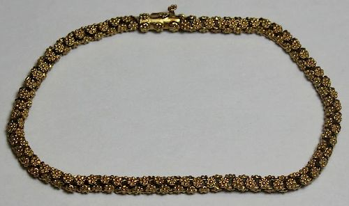 JEWELRY. Floral 18kt Gold Bracelet.