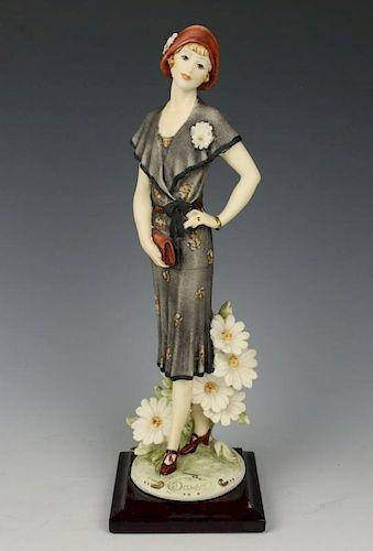 "Giuseppe Armani Figurine ""Daisy"""