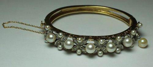 JEWELRY. 14kt Gold, Diamond, and Pearl Bracelet.