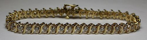 JEWELRY. 14kt Gold and Diamond Tennis Bracelet.