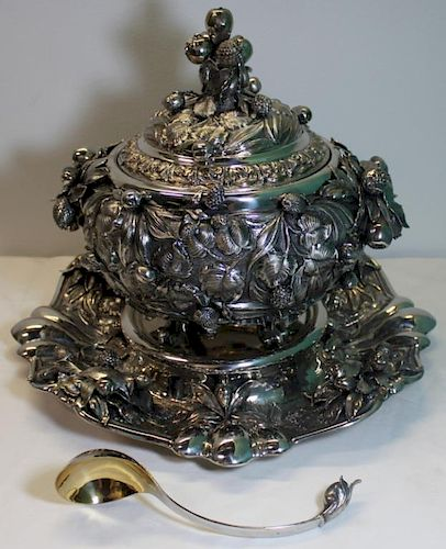STERLING. Italian Grand Sterling Tureen with