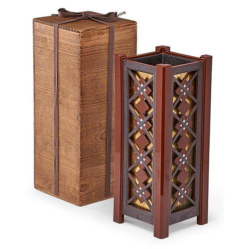 IWAMURA SADAO Art Deco lacquered vase
