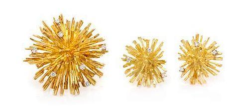 An 18 Karat Yellow Gold and Diamond Sunburst Demi-Parure, French, 25.80 dwts.