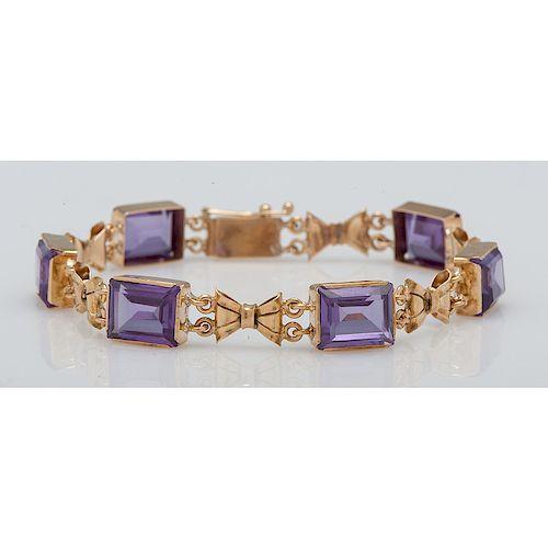 14 Karat Yellow Gold Synthetic Color Change Sapphire Bracelet