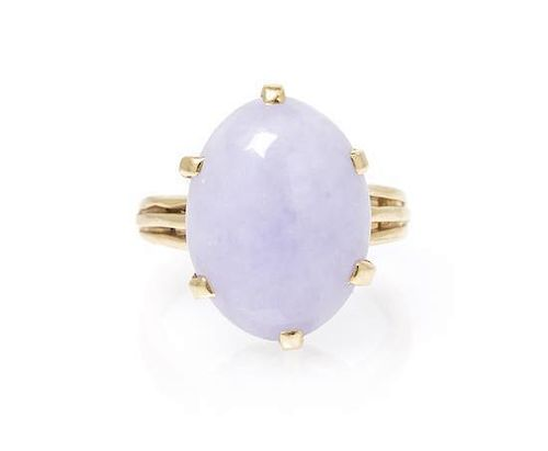 A 14 Karat Yellow Gold and Lavender Jade Ring, 4.70 dwts.