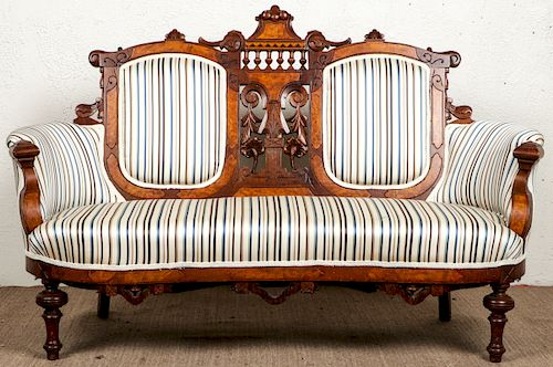 Fine Antique Victorian Upholstered Settee