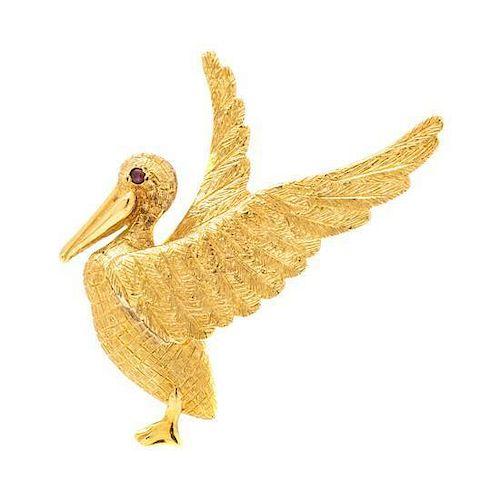 * An 18 Karat Yellow Gold Pelican Brooch, Cellino, 10.00 dwts.