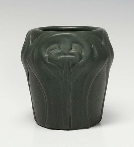 A Matte Green Van Briggle Vase 310 Dated 1902 By Soulis Auctions