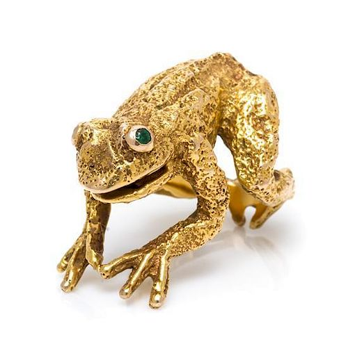 * A 14 Karat Yellow Gold and Emerald Frog Ring, 33.40 dwts.