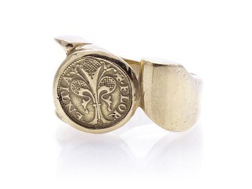 An 18 Karat Yellow Gold Ring, 9.90 dwts.