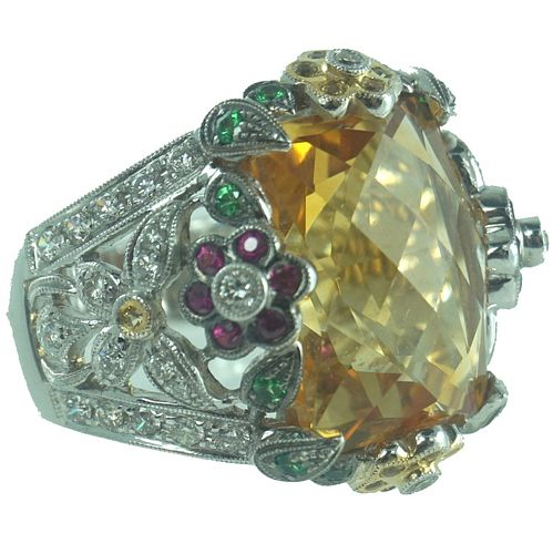 Ladies Citrine & Diamond Fashoin Ring.