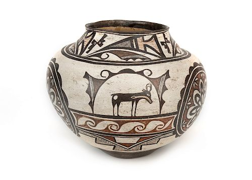 Zuni , Pot with Heartline Deer Motif