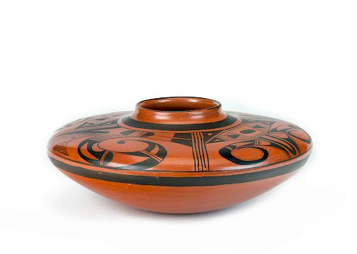 Garnet Pavatea, Hopi (1915-1981), Black-on-Red Pot