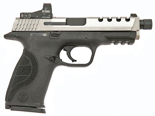 Smith and Wesson M and P 9 Semi-Auto Pistol
