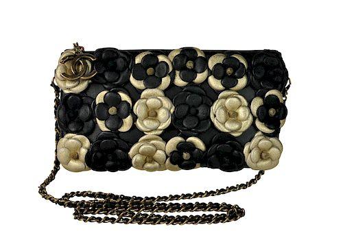 3a582ad0d8e07 New CHANEL Camellia Limited Edition Crossbody Bag by Abington ...