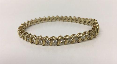 14KT GOLD TENNIS BRACELET W/ 39 DIAMONDS, 3 CARATS