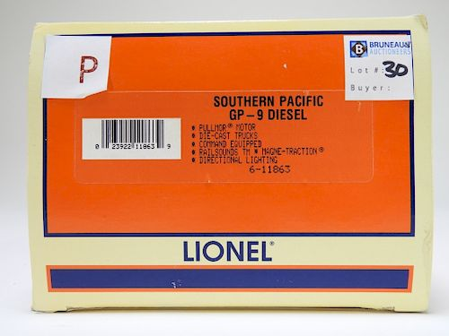 Lionel Southern Pacific GP-9 Diesel Engine Train