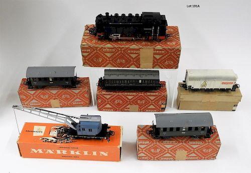 Vintage Marklin HO 5 Car Locomotive Train Set