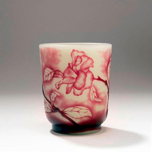 Roses' vase, 1900-10