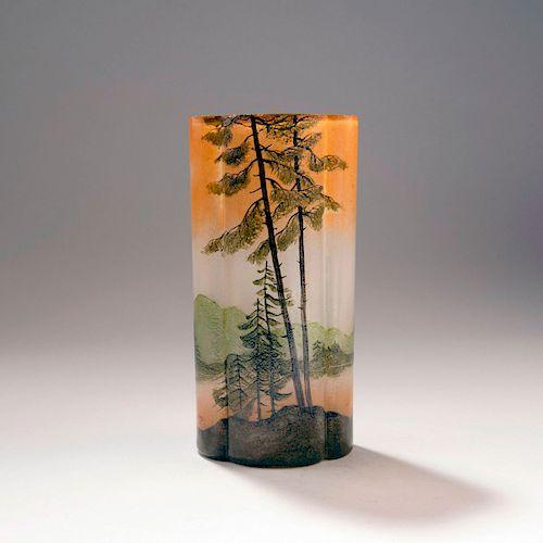 Paysage lacustre' vase, 1910-15