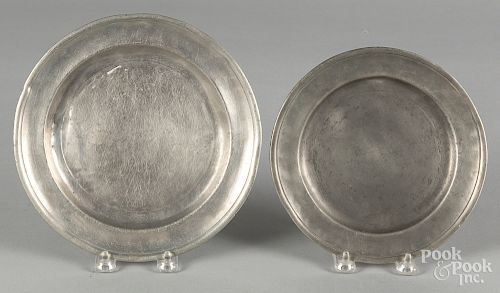 Two Connecticut pewter plates, late 18th c.
