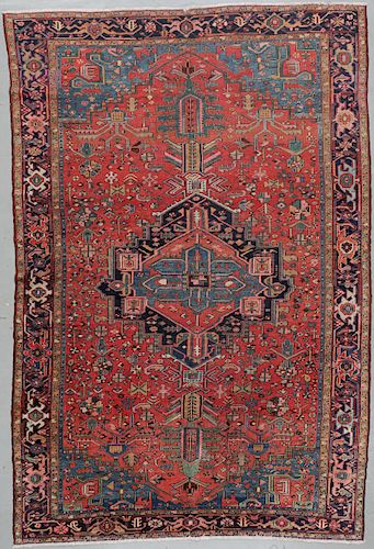 Antique Serapi Rug, Persia: 10'2'' x 15'3''