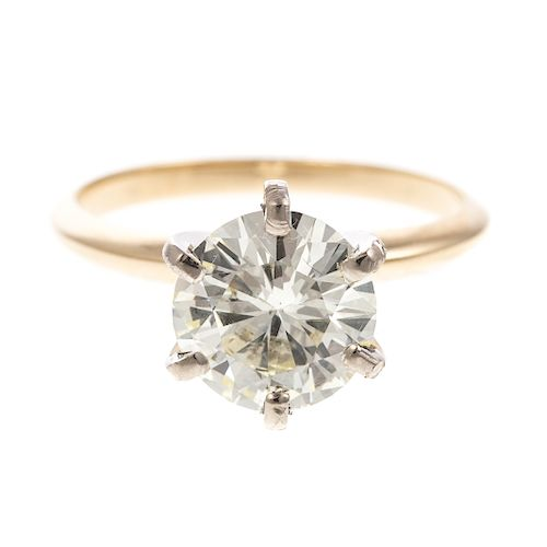 A Ladies 2.13 ct Diamond Solitaire Ring
