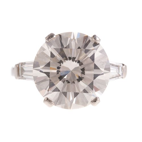 A Ladies 7.06 ct. Diamond Ring in Platinum