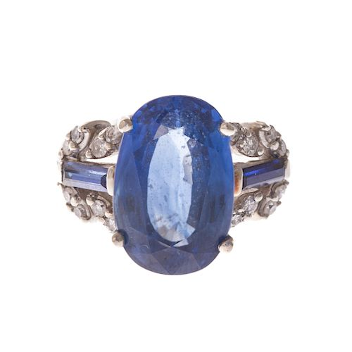 A Ladies Art Deco Sapphire & Diamond Ring