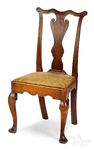 Pennsylvania Queen Anne walnut dining chair