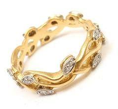 Vera Wang 18k Yellow Gold Diamond Vine Motif Band Ring
