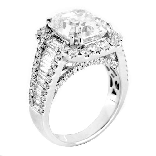 GIA 5.27ct Diamond and 18K Gold Ring