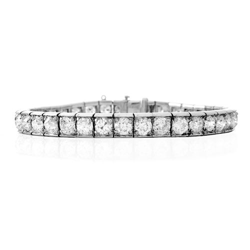 Antique 12.0ct Diamond and Platinum Bracelet