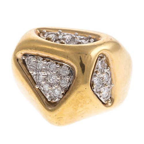 A Ladies Geometric Shaped Diamond Ring in 18K