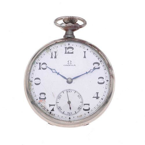Reloj de bolsillo Omega. Movimiento manuel. Caja circular en acero. Carátula color blanco.