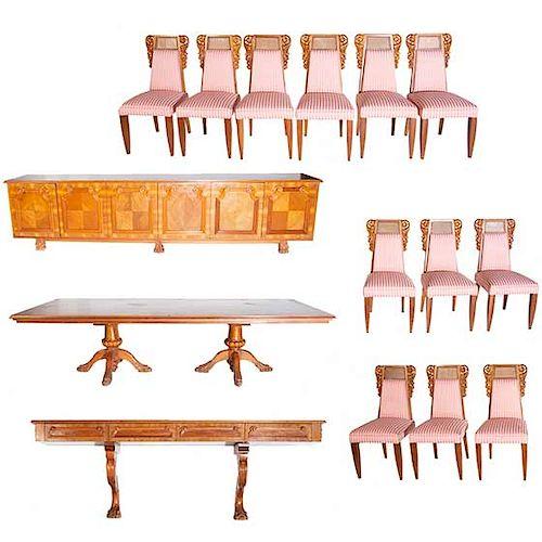 Comedor. Siglo XX. En talla de madera. Decorado con molduras y roleos. Consta de mesa, juego de 12 sillas, cómoda y mesa-consola.