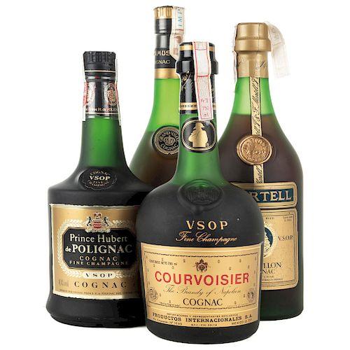 Cognac. Martell Medaillon, Courvoisier, Camus y Prince Hubert. Piezas: 4.
