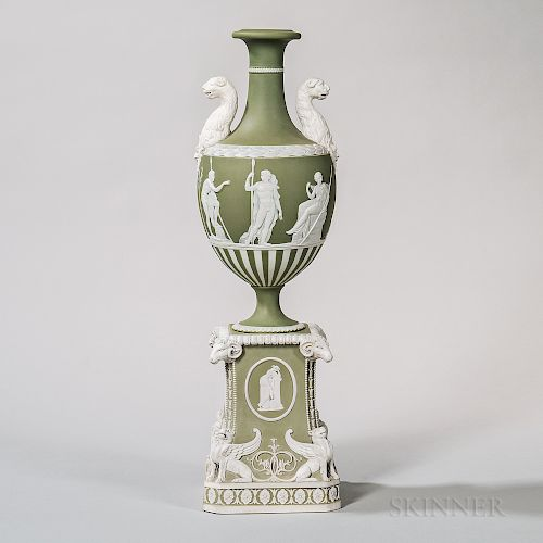 Wedgwood Green Jasper Dip Vase on Pedestal Base