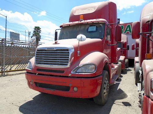 Tractocamión Freightliner CL120 Columbia 2011