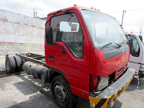 Chasis cabina Isuzu ELF 450 2008