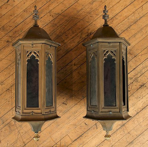 PAIR OF BRONZE GOTHIC STYLE WALL LANTERNS 1930