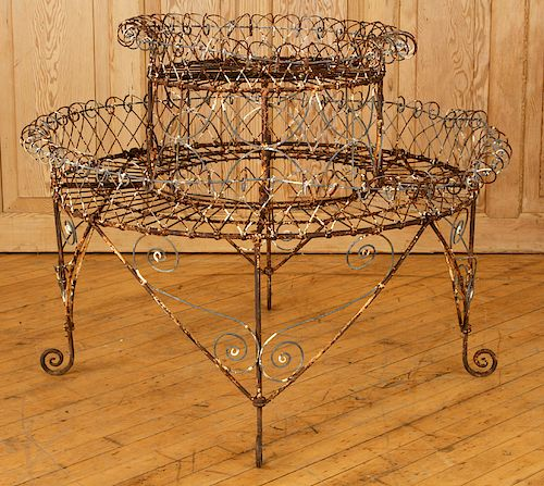 ROUND WROUGHT IRON TWO TIER PLANT STAND