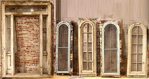 LOT 4 19TH CENT. WINDOWS WITH ENTRANCE FRAME