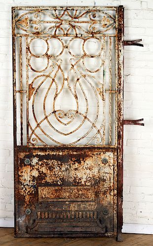 SINGLE IRON GARDEN GATE OLD WHITE PAINT C.1900