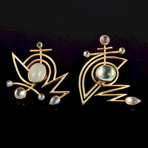 Wendy Ramshaw Yellow Gold/Moonstone Earrings