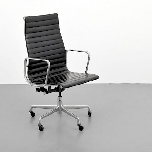 "Charles & Ray Eames ""Aluminum Group"" Office Chair"
